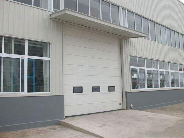 库房工业提升门