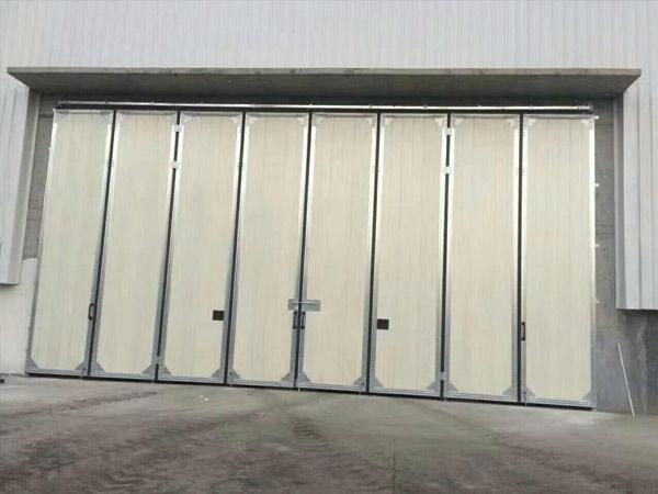 大型工业折叠门
