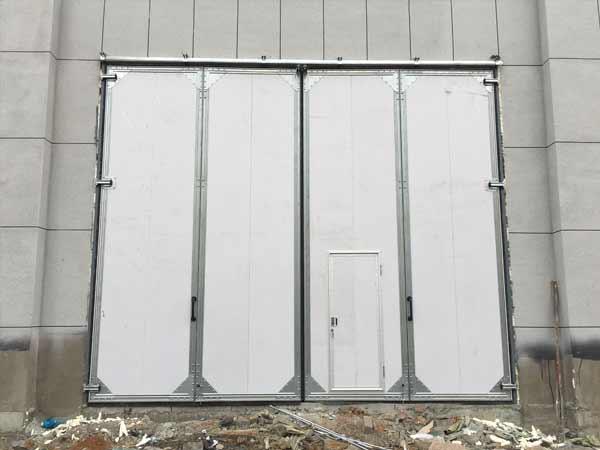 保温轻型工业折叠门